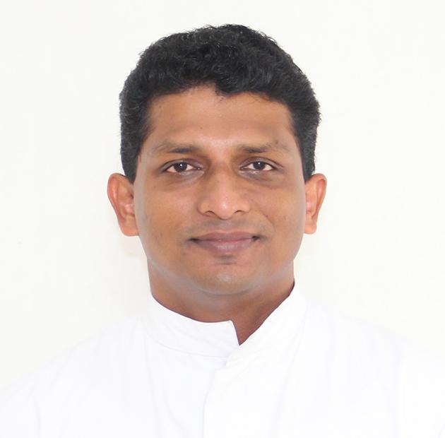 https://christujayanthi.ac.in/wp-content/uploads/2020/10/Fr-FrancisManavalan.jpg